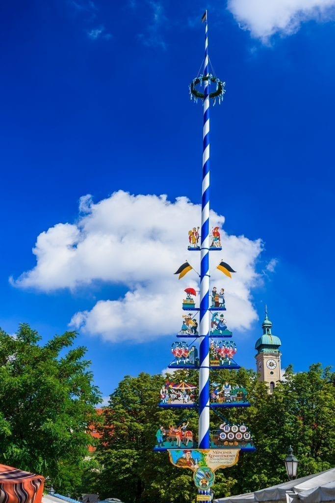 what is a maibaum