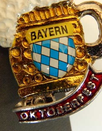 Beer stein Pin