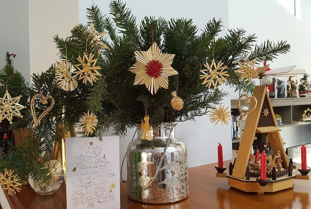 german straw ornaments - Traditional German Christmas Decorations