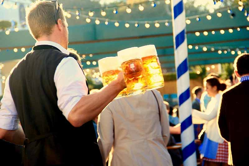 What is Oktoberfest Bier? And what makes it Special