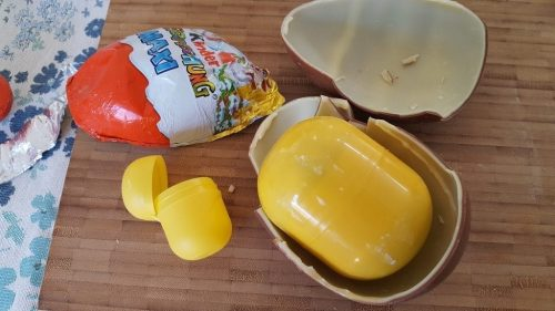 where get kinder eggs