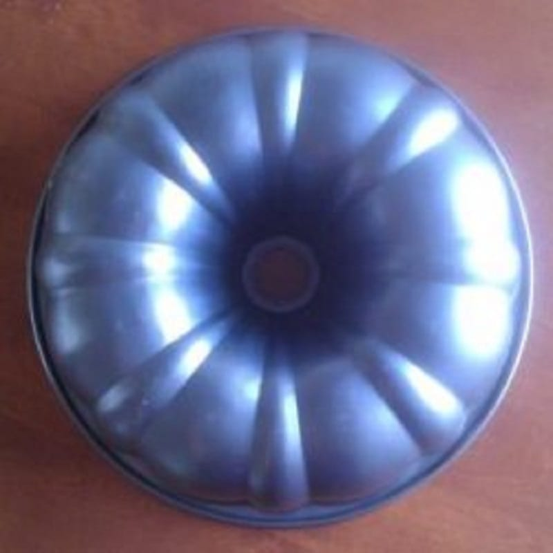 the history of the bundt pan