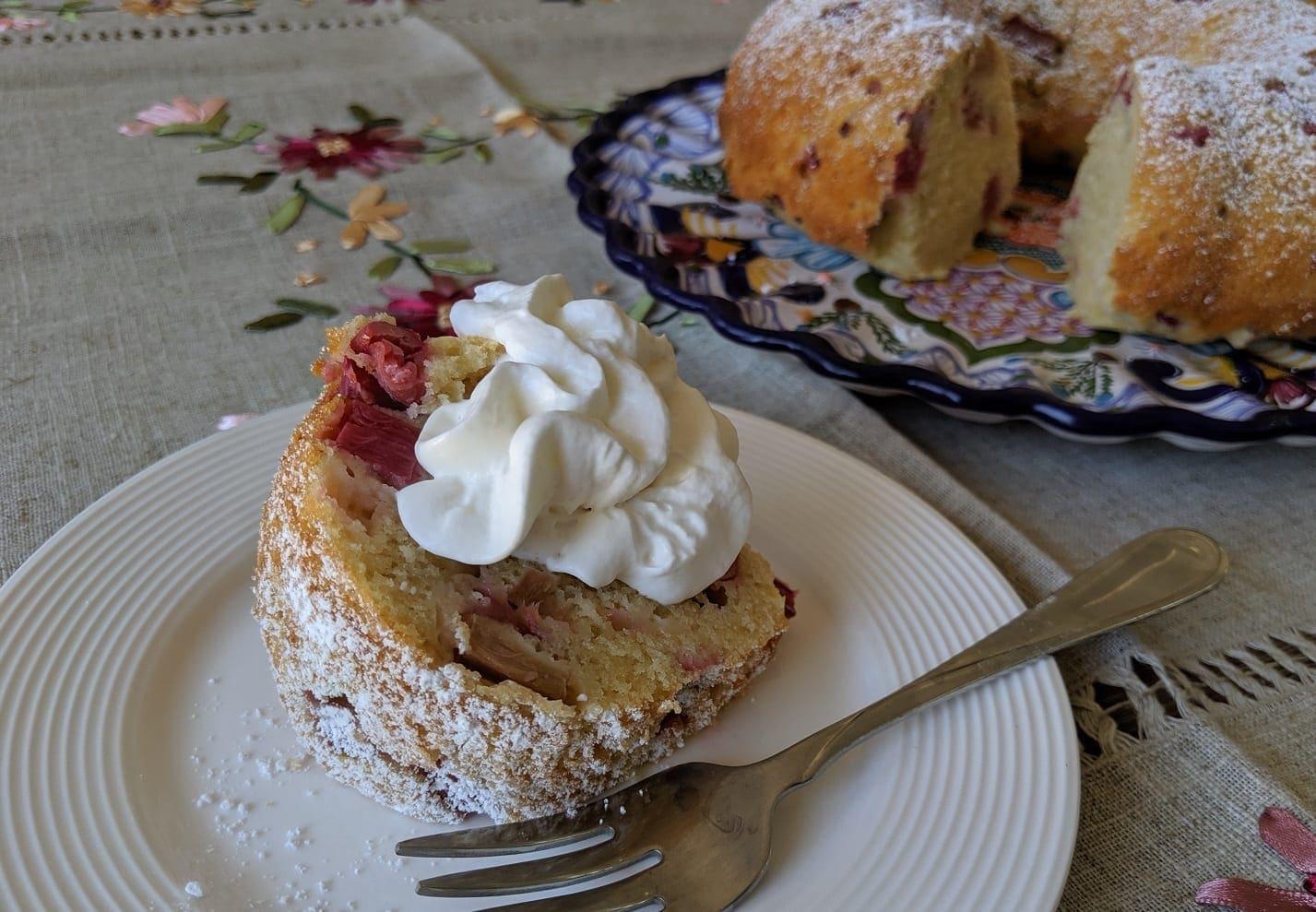 moist rhubarb cake recipe