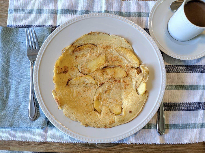 German Apple Pancake Recipe- Apfelpfannekuchen