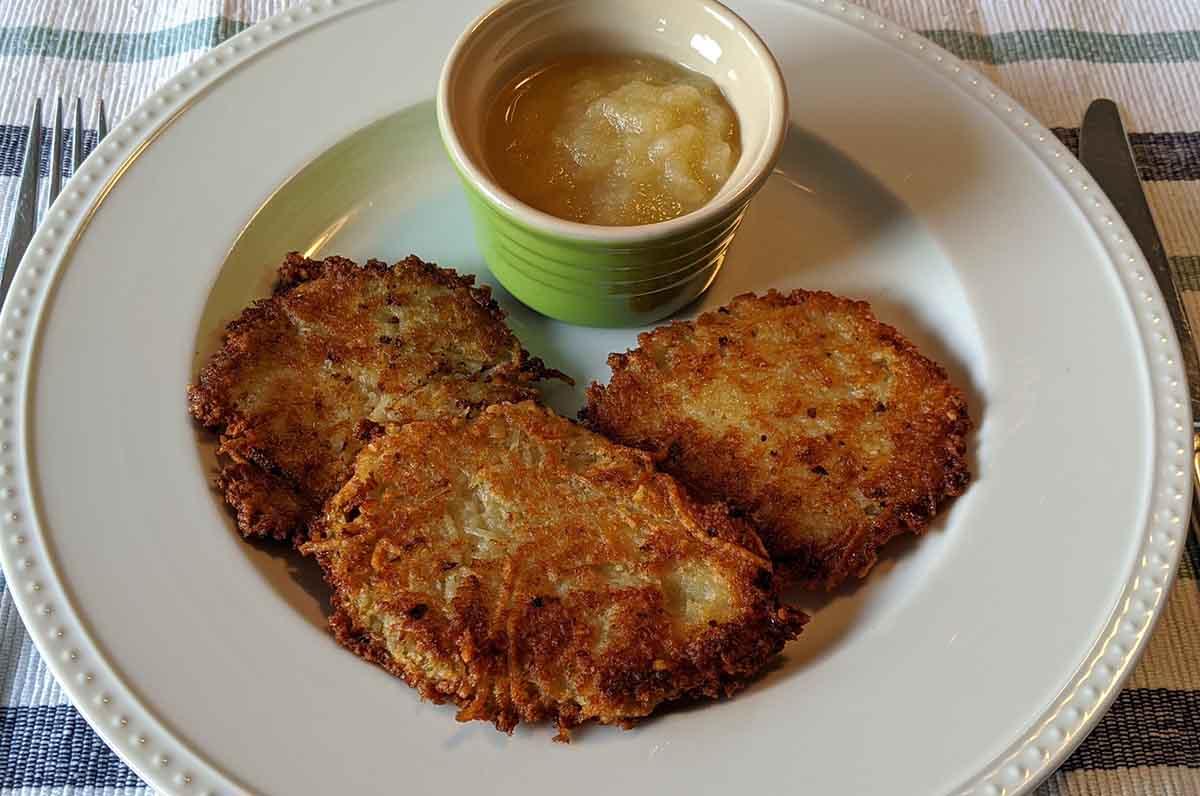 Authentic and EASY German Potato Pancakes Recipe- Kartoffelpuffer