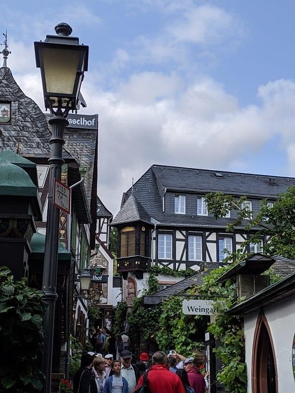 to ruedeshem Germany