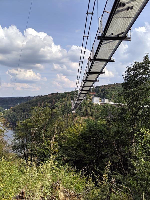 longest pedestrian suspension bridge germany