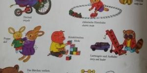 Richard Scarry Dictionary- My Best Word Book Mein Allerschoenstes Wörterbuch